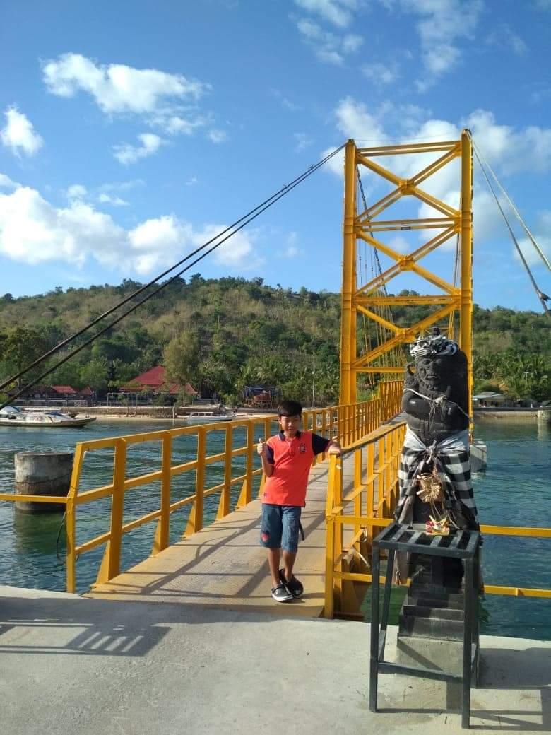Paket Tour 3H2M + Snorkeling Nusa Penida + Half Day Lembongan